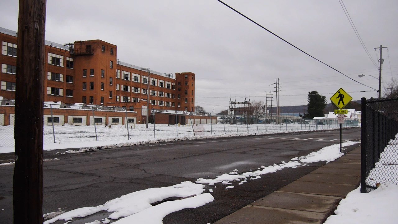 Simmons Rockwell Ford >> FOX 40 WICZ TV - News, Sports, Weather, Contests & More - Old E-J Building: Demolition or ...