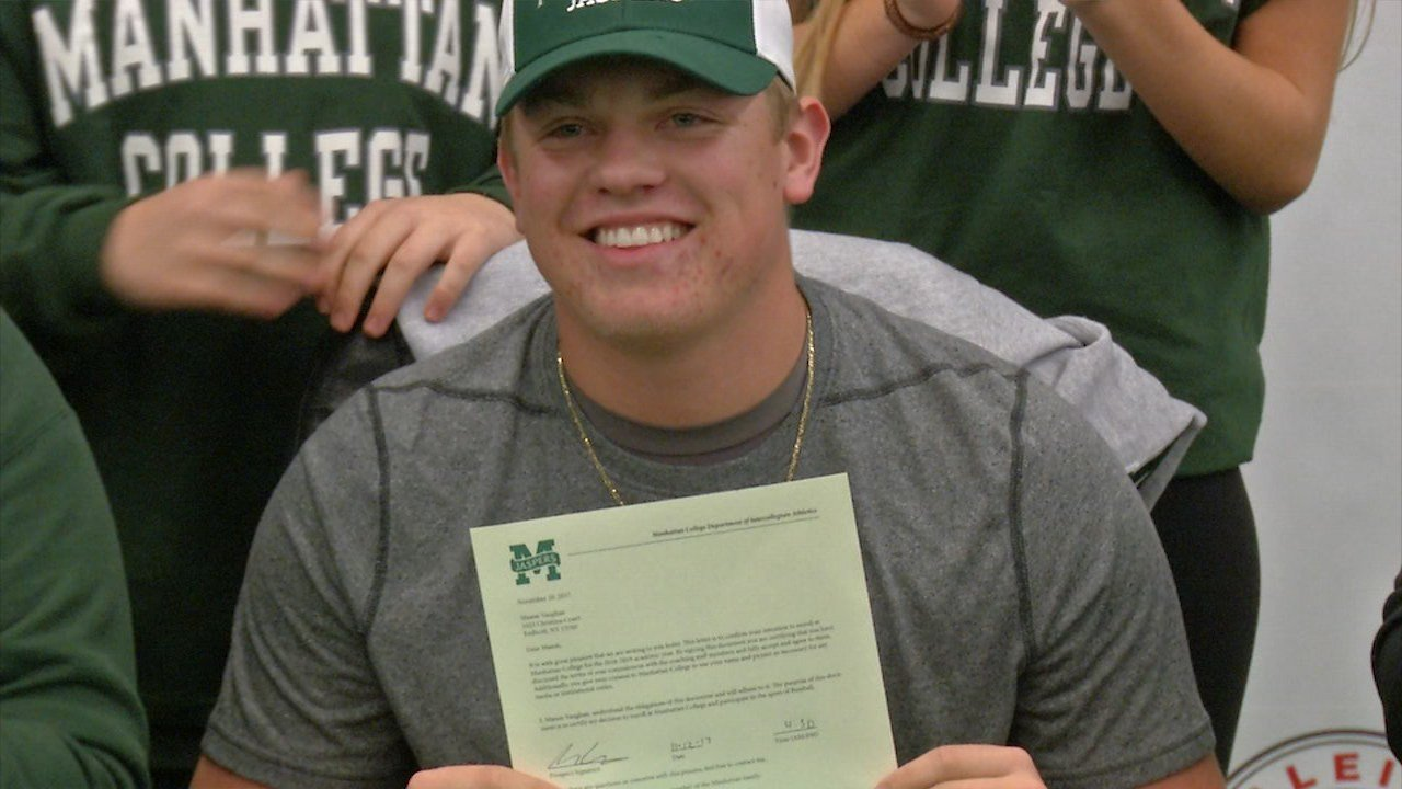 Mason Vaughan signs with Manhattan College
