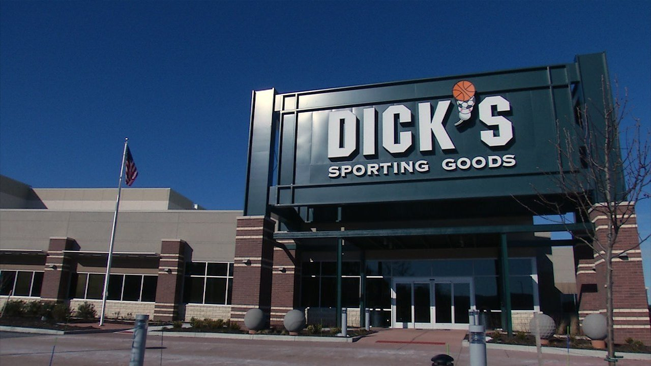 Evaluating Insider Trading And Ownership For Dick's Sporting Goods, Inc. (DKS)