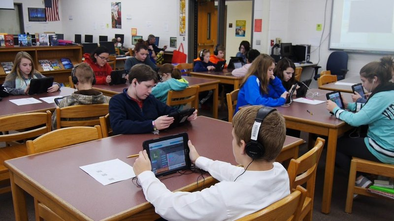 Coding As A Career Program Shows Middle School Students Future